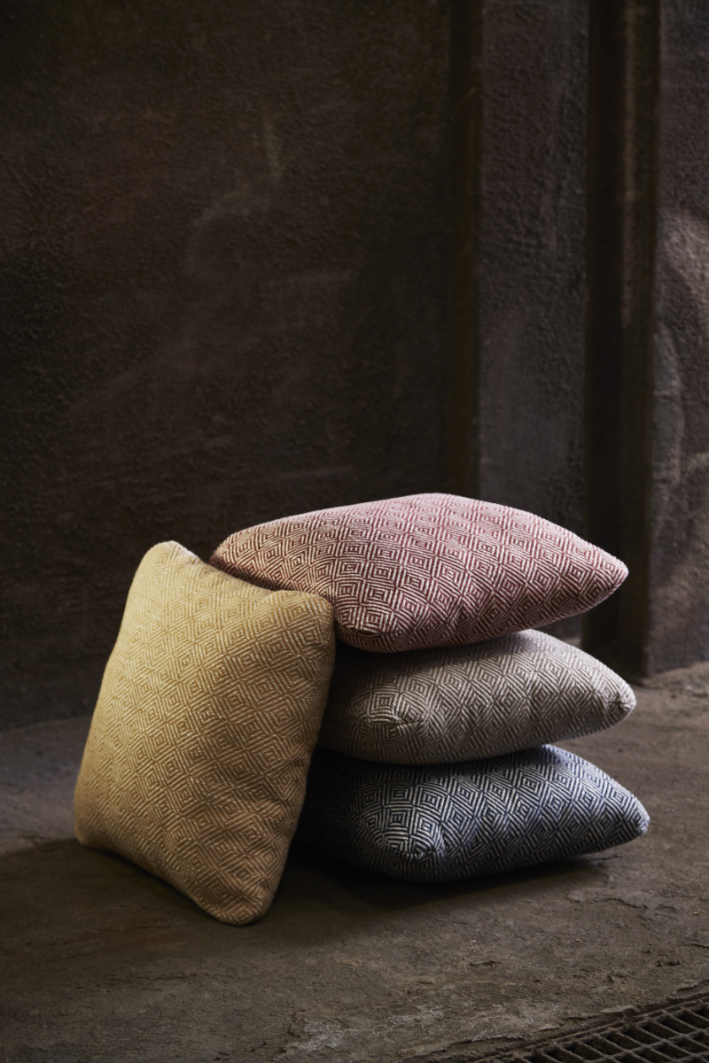 MLR_weave_cushions3_WOUD